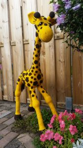 Give Away Patroon April De Giraffe Laura Haakt